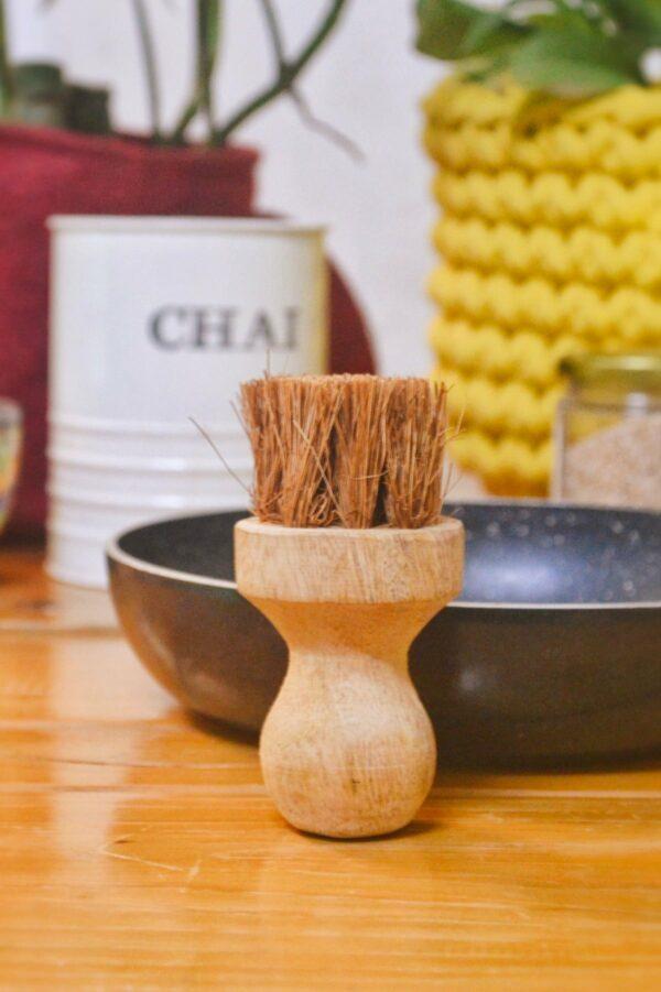 Coconut Coir – Tava Oil Brush