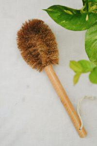 Coconut Fiber – Long Handle Pot Brush