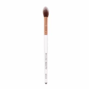 Boujee Beauty Fluffy Highlighter Brush, B319