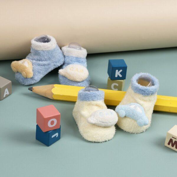 Kicks & Crawl- Speedy Toes Yellow & Blue 3D Socks - 2 Pack