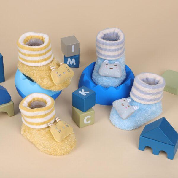 Kicks & Crawl- Fuzzy Kitty 3D Socks - 2 Pack